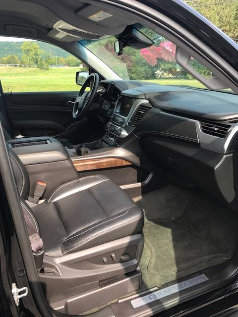 2015 Chevrolet Suburban LT in Dansville, New York - Photo 16