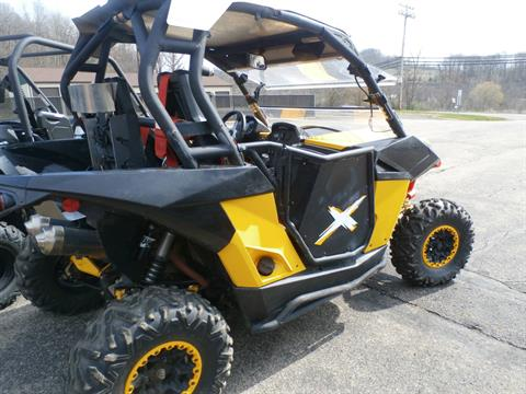 2014 Can-Am Maverick™ X® xc DPS™ 1000R in Gibsonia, Pennsylvania