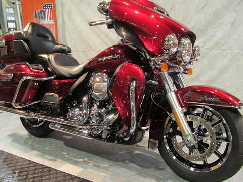 2016 Harley-Davidson Ultra Limited in Rothschild, Wisconsin