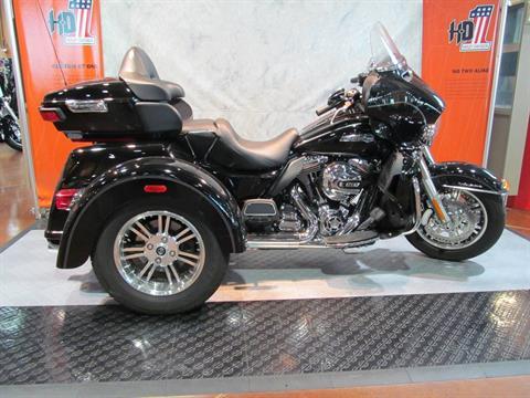 2014 Harley-Davidson Ultra Tri Glide in Rothschild, Wisconsin