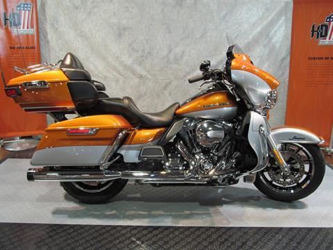 2014 Harley-Davidson Ultra Limited in Rothschild, Wisconsin