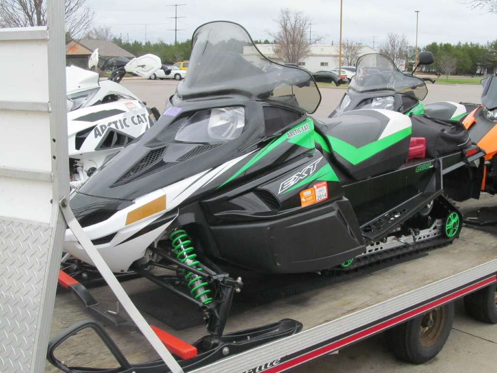 2011 Arctic Cat F8 EXT in Rothschild, Wisconsin