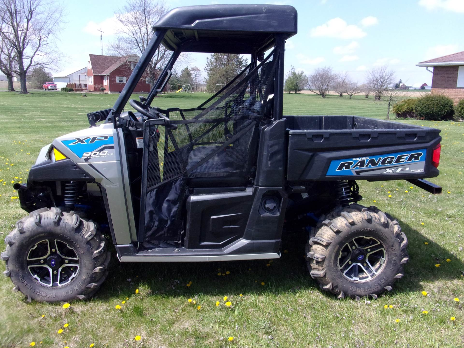 2017 Polaris Ranger XP 900 EPS in Houston, Ohio