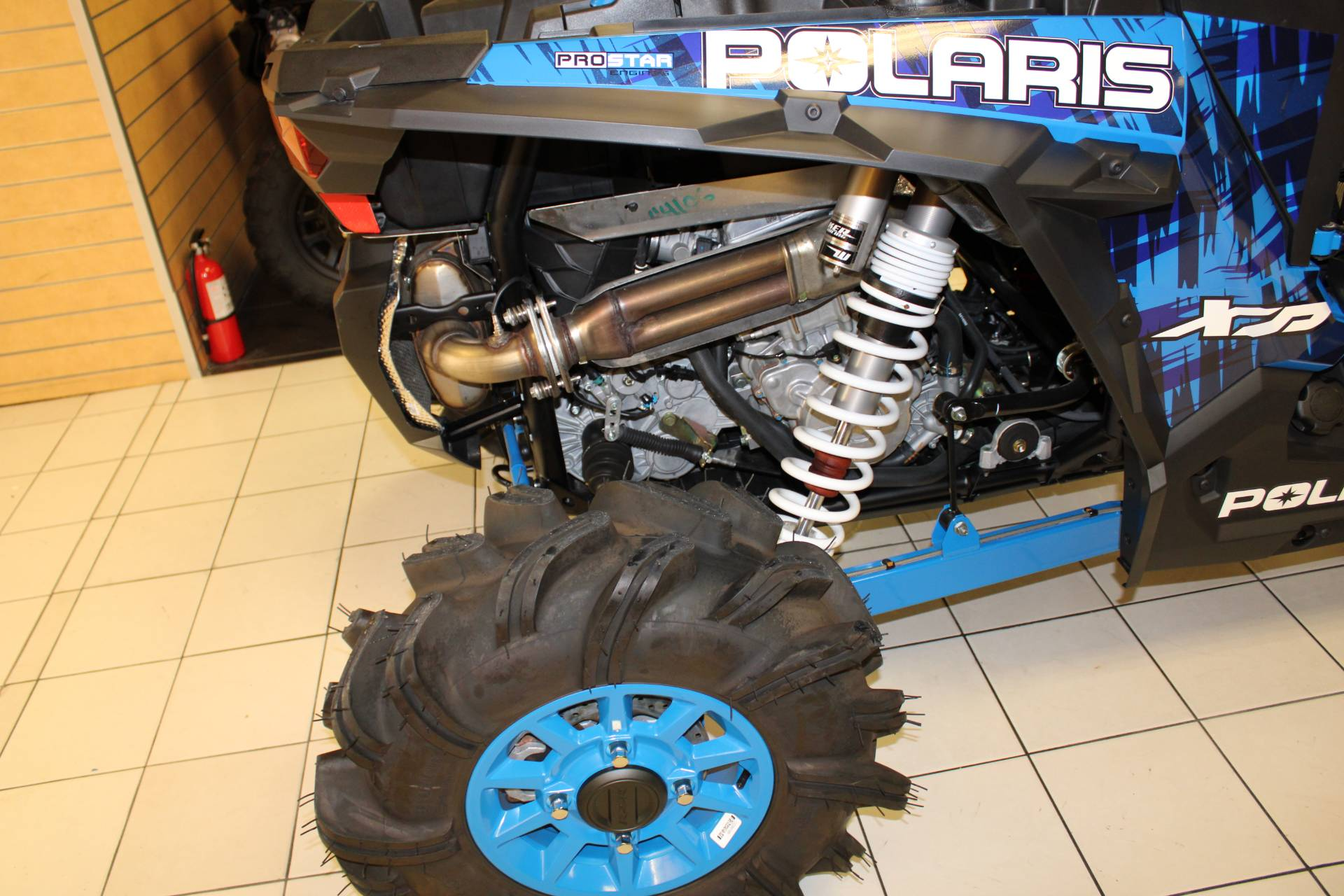 2017 Polaris RZR XP 1000 EPS High Lifter Edition in Chanute, Kansas - Photo 14