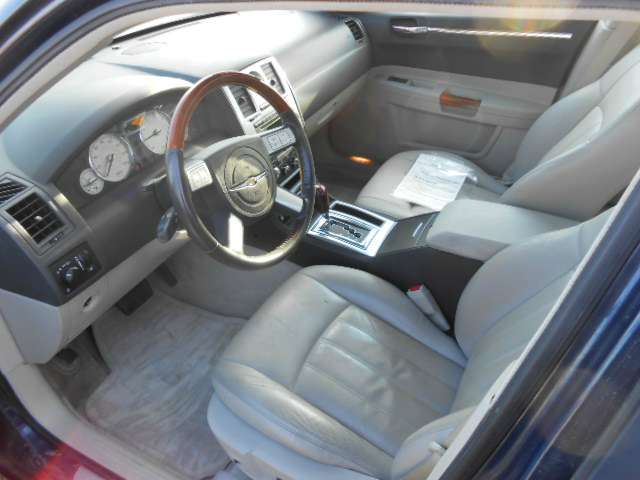 2005 Chrysler 300 C in Chanute, Kansas