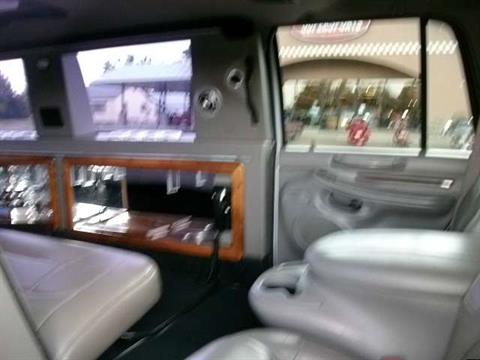 2001 Lincoln Navigator Stretch Limo in Chanute, Kansas