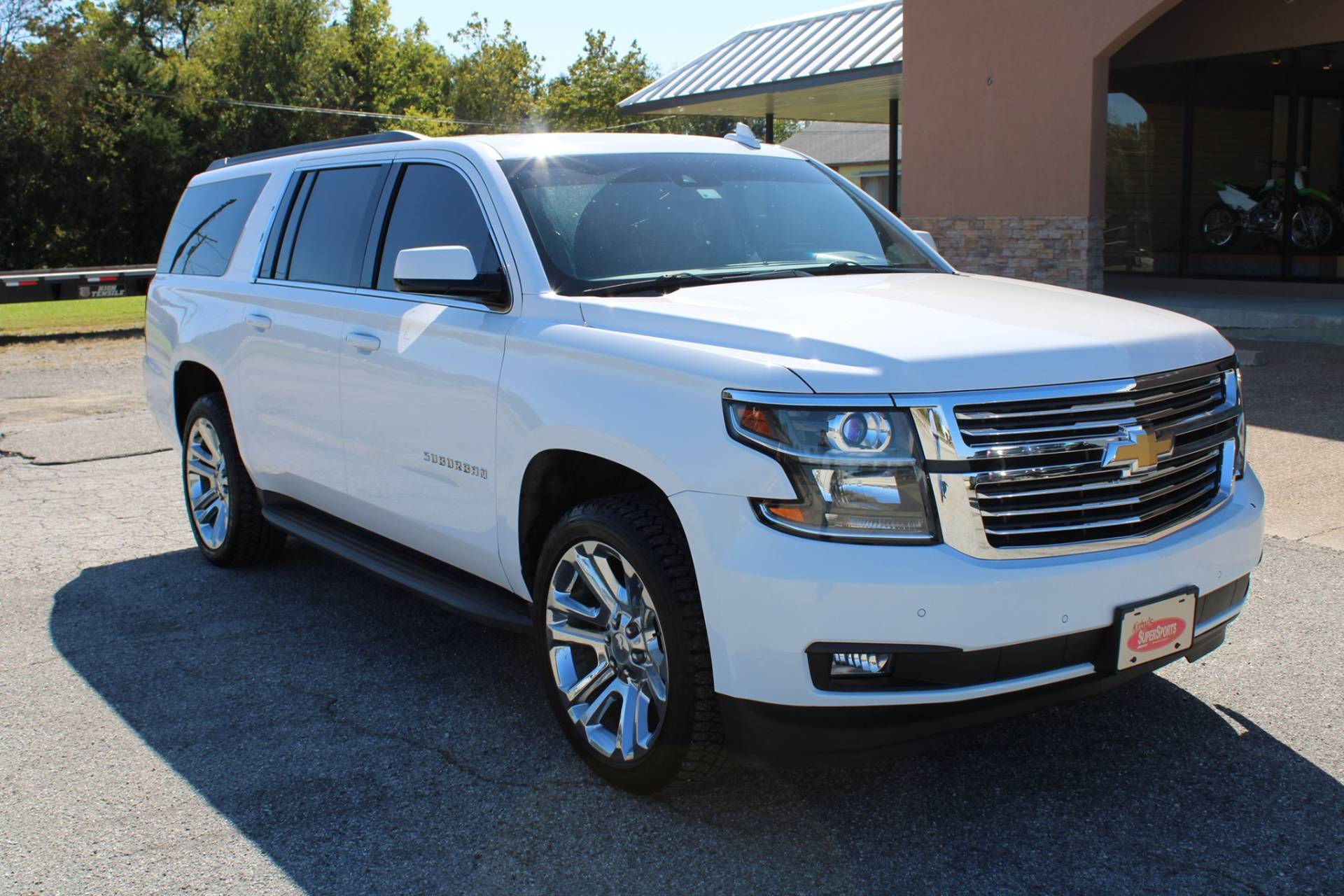 2015 Chevrolet SUBURBAN in Chanute, Kansas - Photo 13