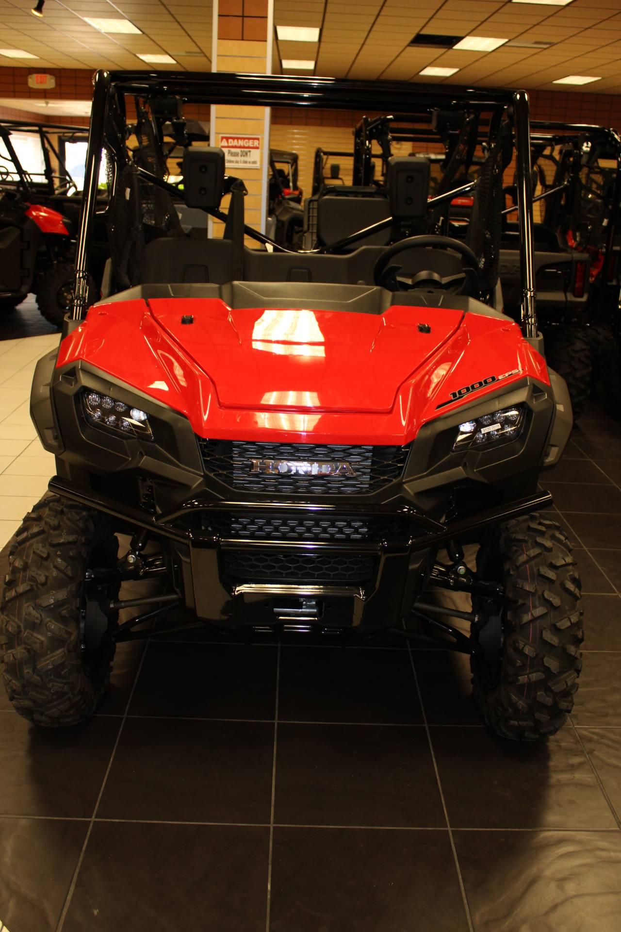 2021 Honda Pioneer 1000-5 Deluxe in Chanute, Kansas - Photo 14
