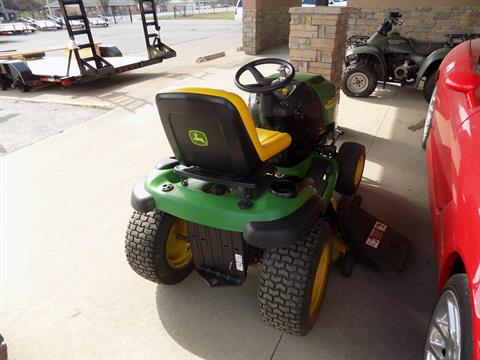 2004 John Deere L120 in Chanute, Kansas