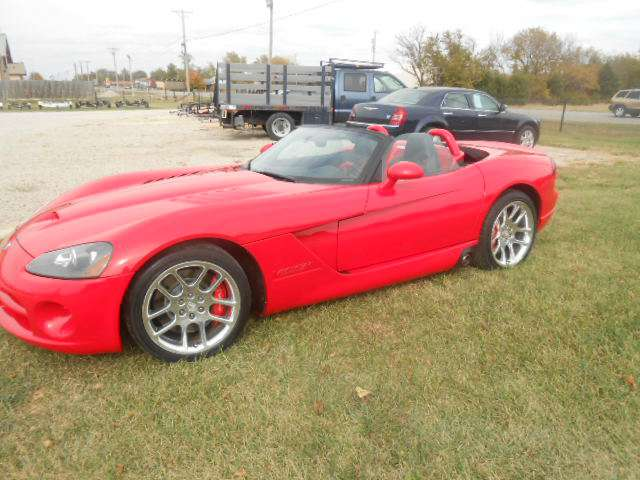 2003 Dodge Viper in Chanute, Kansas - Photo 2