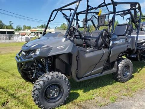2020 Honda Pioneer 700-4 in Lincoln, Maine - Photo 2