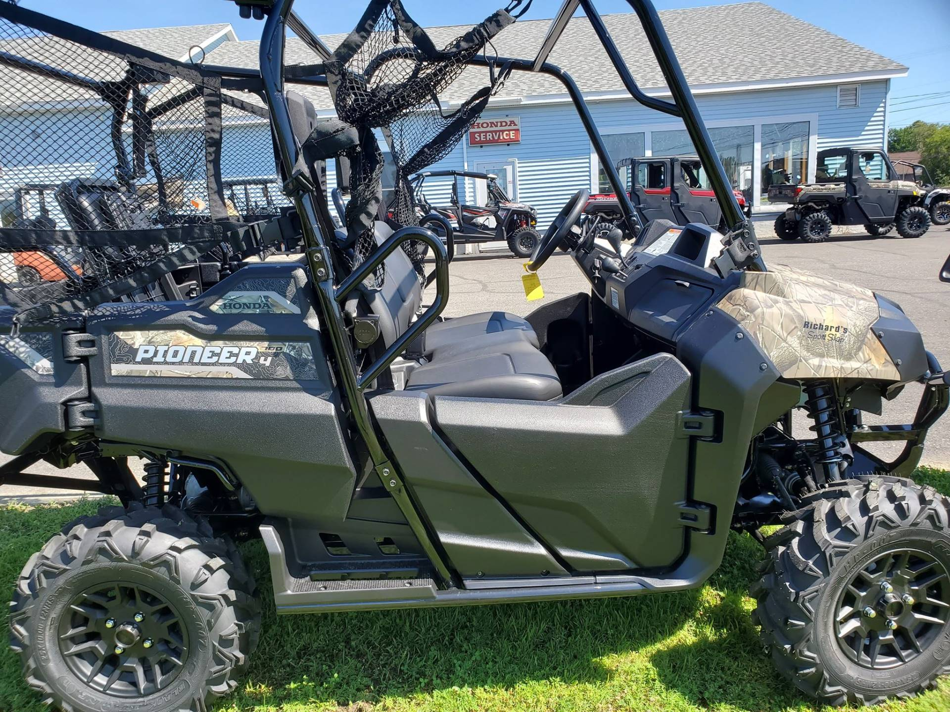 2020 Honda Pioneer 700-4 Deluxe in Lincoln, Maine - Photo 2