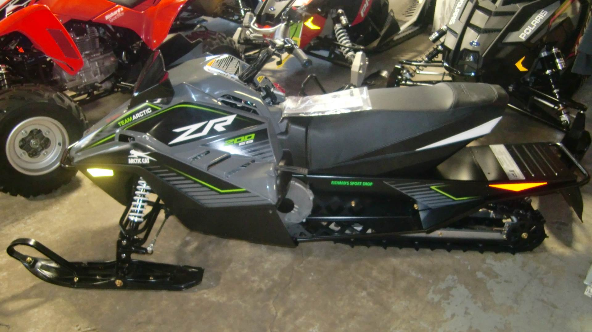 2020 Arctic Cat ZR 200 in Lincoln, Maine - Photo 2