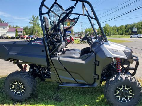 2020 Honda Pioneer 700 Deluxe in Lincoln, Maine - Photo 3