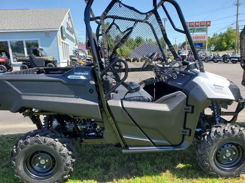 2020 Honda Pioneer 700 in Lincoln, Maine - Photo 2