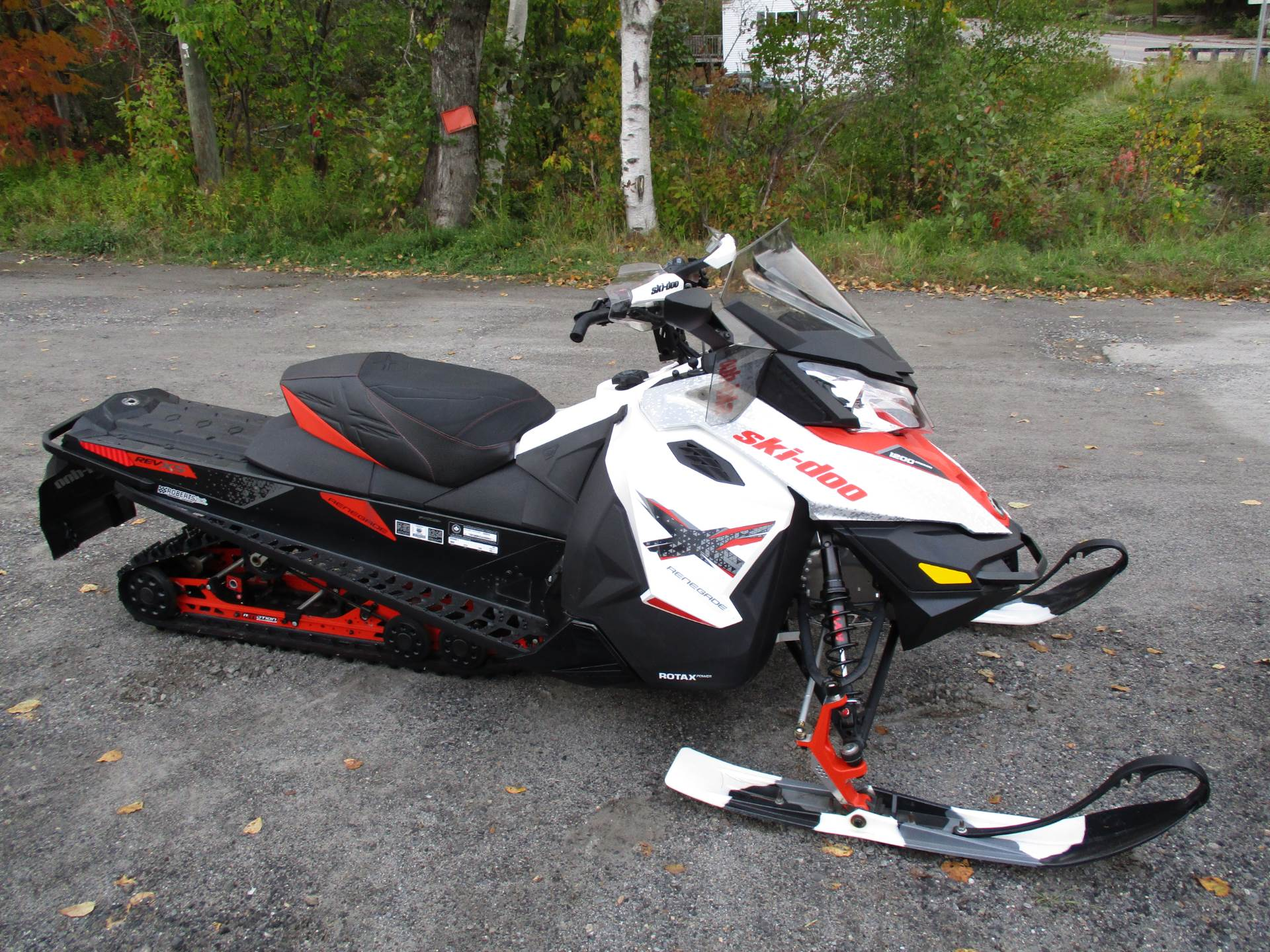2016 Ski-Doo Renegade X 1200 4-TEC ES Ripsaw in Colebrook, New Hampshire - Photo 2