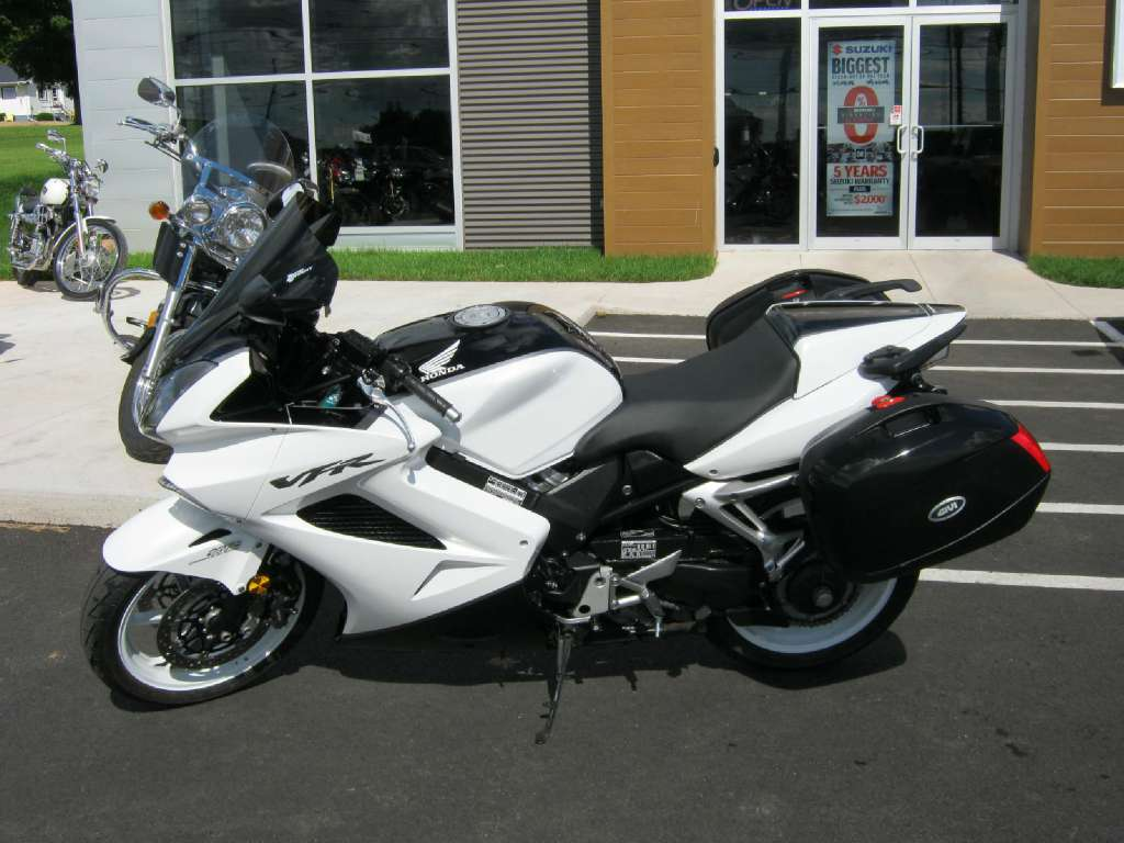2009 Honda Interceptor® ABS (VFR800A) in Pataskala, Ohio