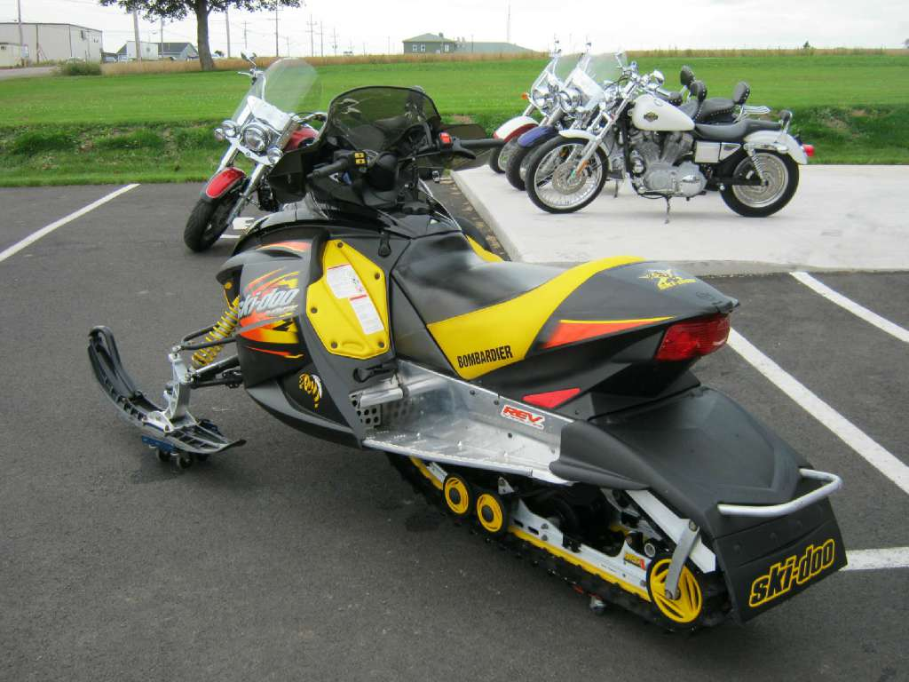 2003 Ski-Doo MX Z REV  Sport 600H.O.  RER in Pataskala, Ohio