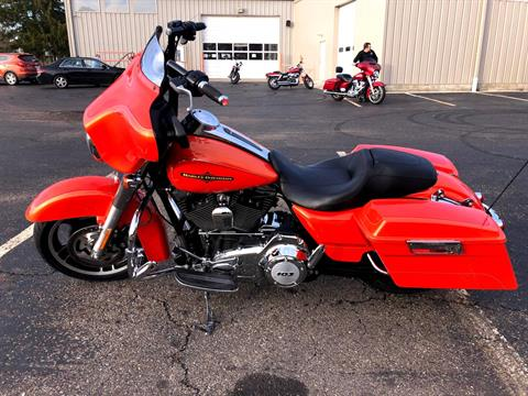 2012 Harley-Davidson Street Glide® in Sunbury, Ohio - Photo 4