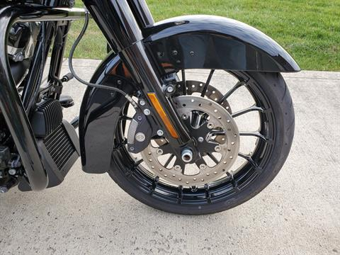 2018 Harley-Davidson Street Glide® Special in Sunbury, Ohio - Photo 6