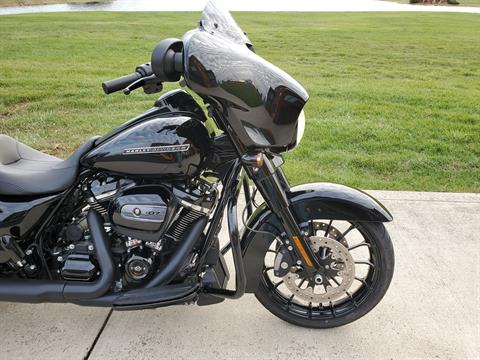 2018 Harley-Davidson Street Glide® Special in Sunbury, Ohio - Photo 4
