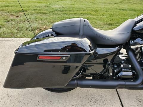 2018 Harley-Davidson Street Glide® Special in Sunbury, Ohio - Photo 8