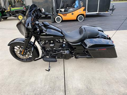 2018 Harley-Davidson Street Glide® Special in Sunbury, Ohio - Photo 12