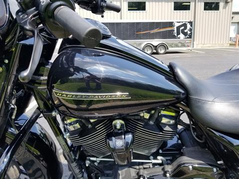 2018 Harley-Davidson Street Glide® Special in Sunbury, Ohio - Photo 10