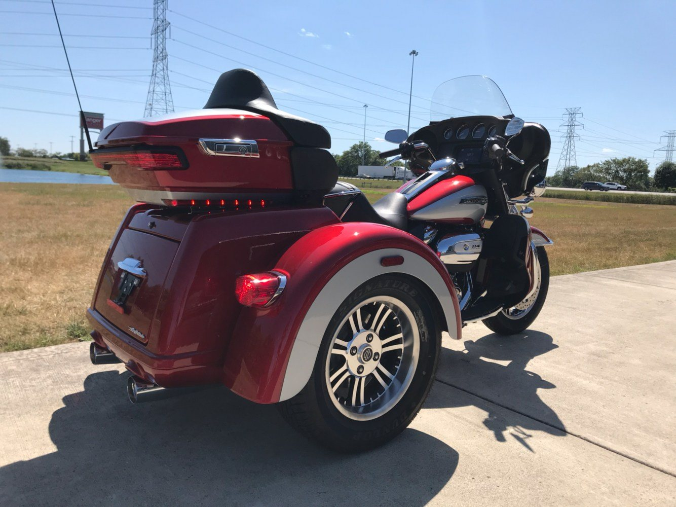 2019 Harley-Davidson Tri Glide® Ultra in Sunbury, Ohio - Photo 8