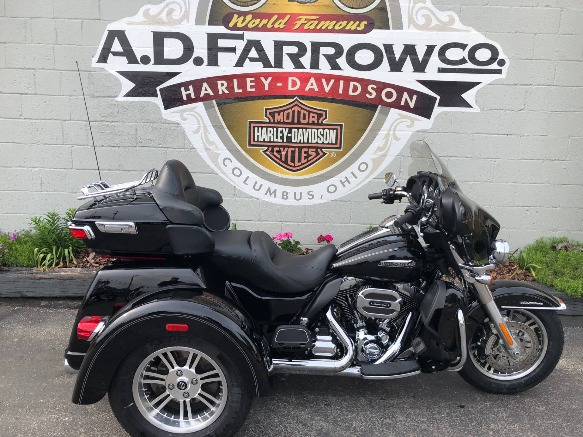 2016 Harley-Davidson Tri Glide® Ultra in Sunbury, Ohio - Photo 1