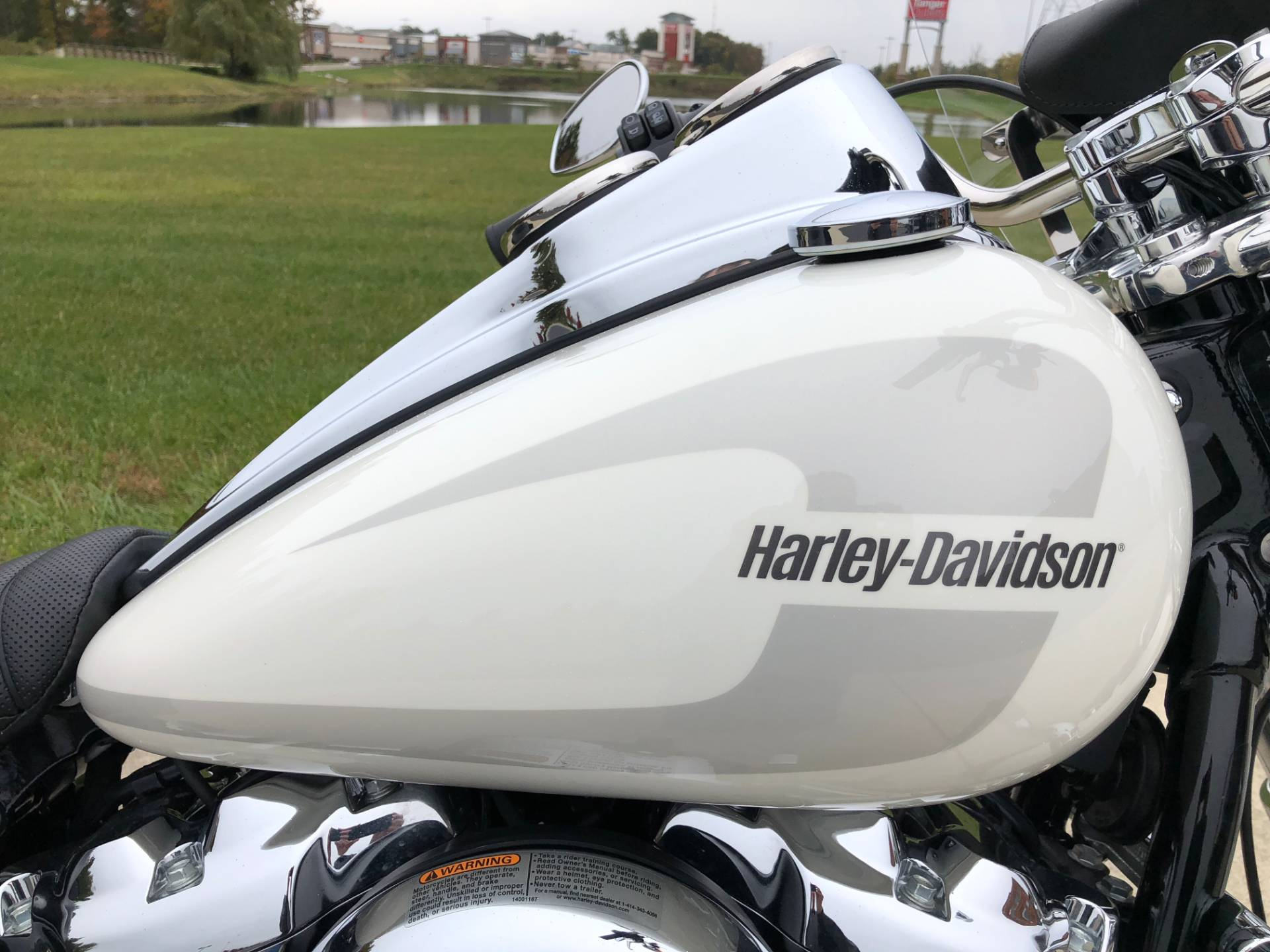 2018 Harley-Davidson Low Rider® 107 in Sunbury, Ohio - Photo 9