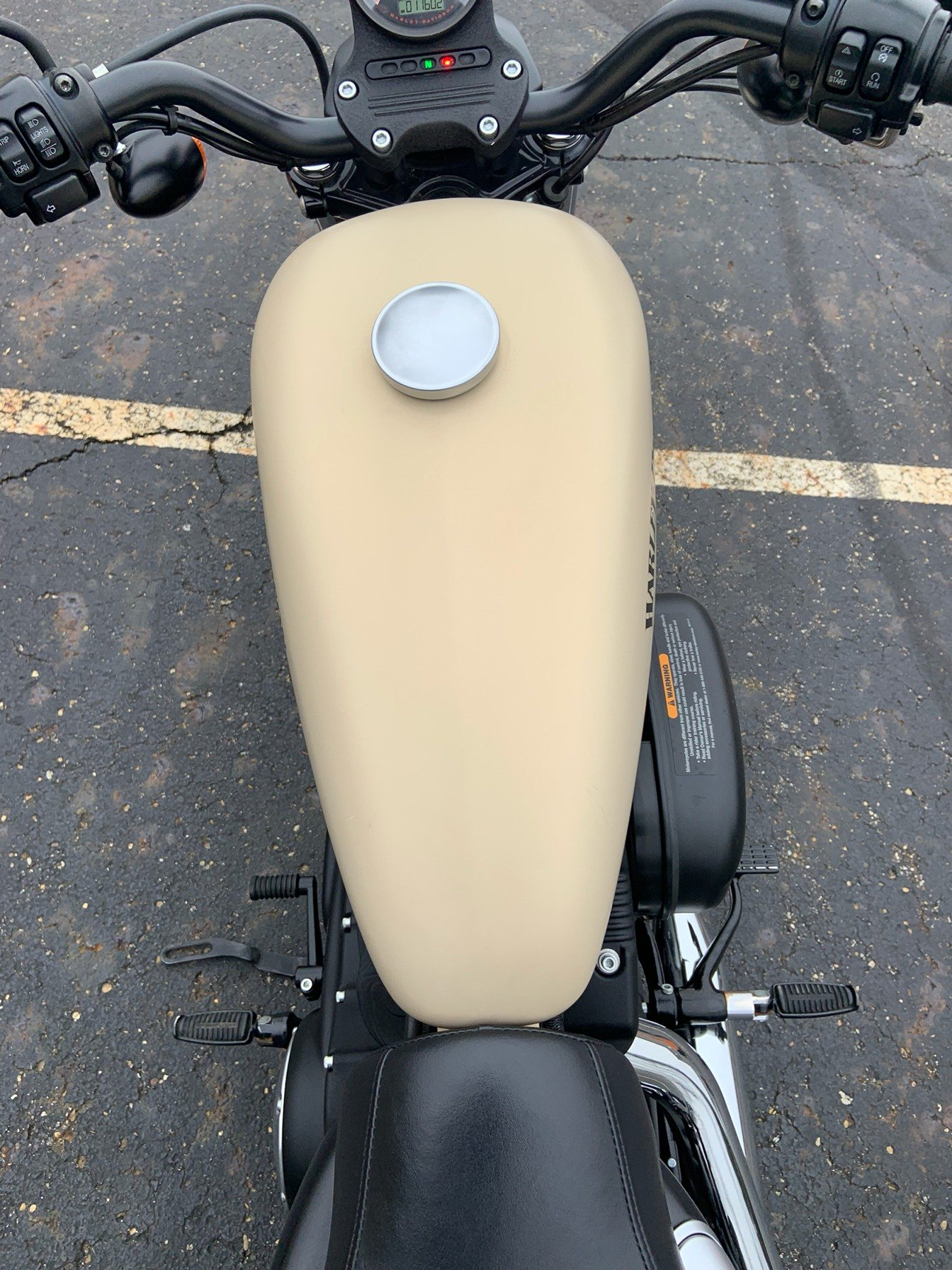 2014 Harley-Davidson Sportster® Iron 883™ in Sunbury, Ohio - Photo 25