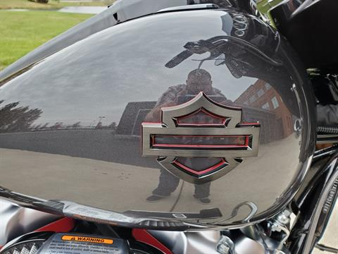 2020 Harley-Davidson CVO™ Street Glide® in Sunbury, Ohio - Photo 11