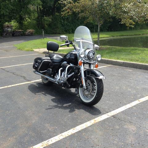 2009 Harley-Davidson Road King® Classic in Sunbury, Ohio - Photo 2