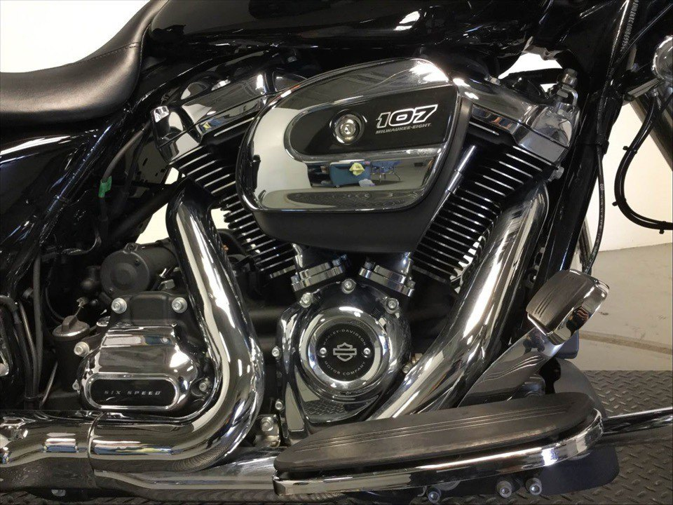 2017 Harley-Davidson Road Glide® Special in Sunbury, Ohio - Photo 3