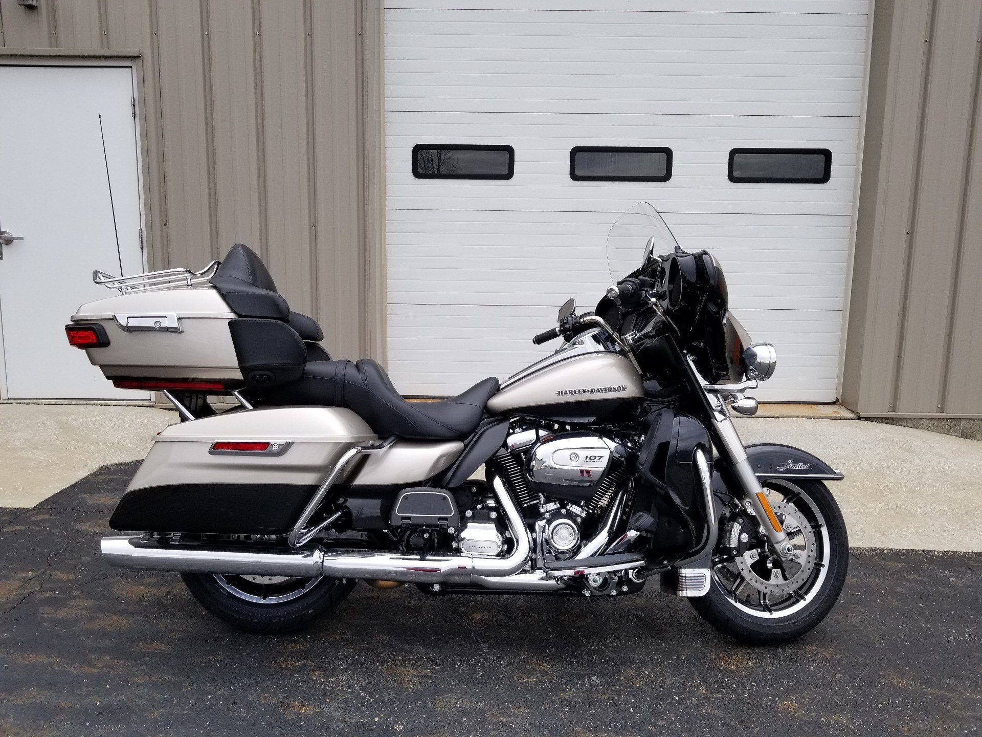 2018 Harley-Davidson Ultra Limited in Sunbury, Ohio - Photo 1