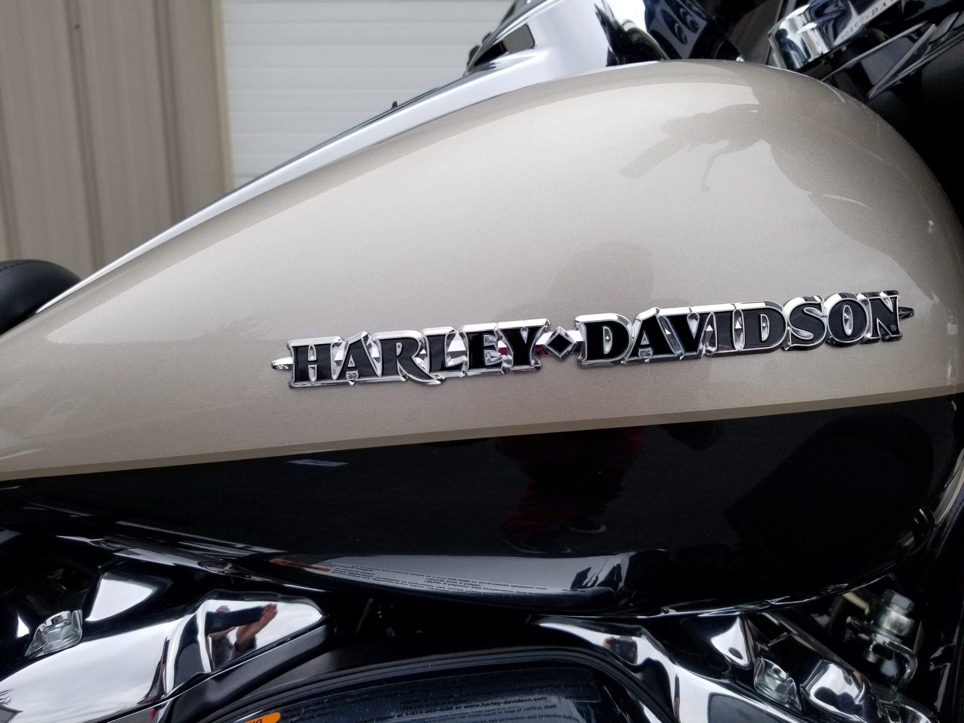 2018 Harley-Davidson Ultra Limited in Sunbury, Ohio - Photo 2