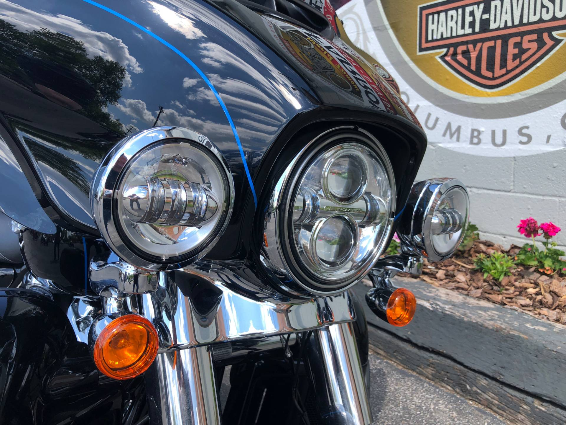 2019 Harley-Davidson FLHTK SHRINE in Sunbury, Ohio - Photo 6
