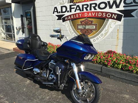 2015 Harley-Davidson CVO™ Road Glide® Ultra in Sunbury, Ohio