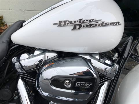 2017 Harley-Davidson FLHXS in Sunbury, Ohio