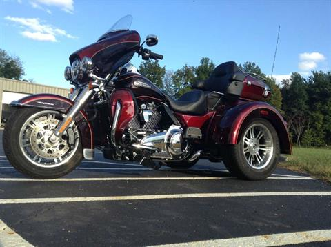2015 Harley-Davidson Tri Glide® Ultra in Sunbury, Ohio