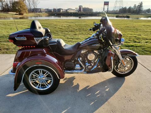 2015 Harley-Davidson Tri Glide® Ultra in Sunbury, Ohio - Photo 1