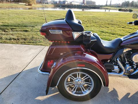 2015 Harley-Davidson Tri Glide® Ultra in Sunbury, Ohio - Photo 10