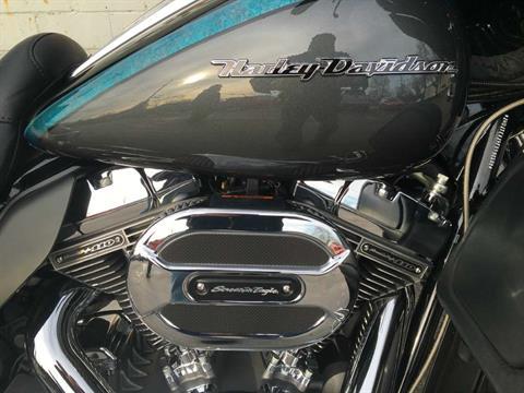 2015 Harley-Davidson CVO™ Limited in Sunbury, Ohio