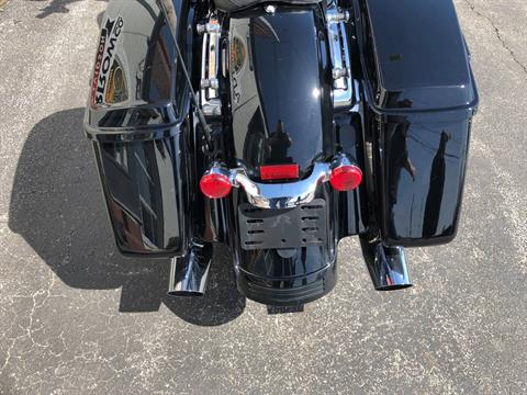 2016 Harley-Davidson Street Glide® Special in Sunbury, Ohio - Photo 12