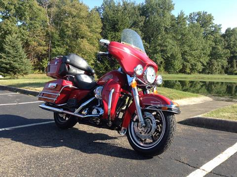 2005 Harley-Davidson FLHTCUI Ultra Classic® Electra Glide® Firefighter Special Edition in Sunbury, Ohio - Photo 3