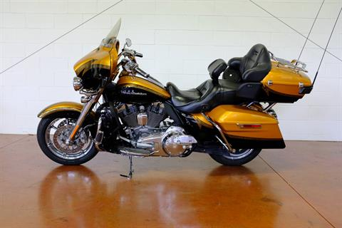 2015 Harley-Davidson CVO™ Limited in Sunbury, Ohio