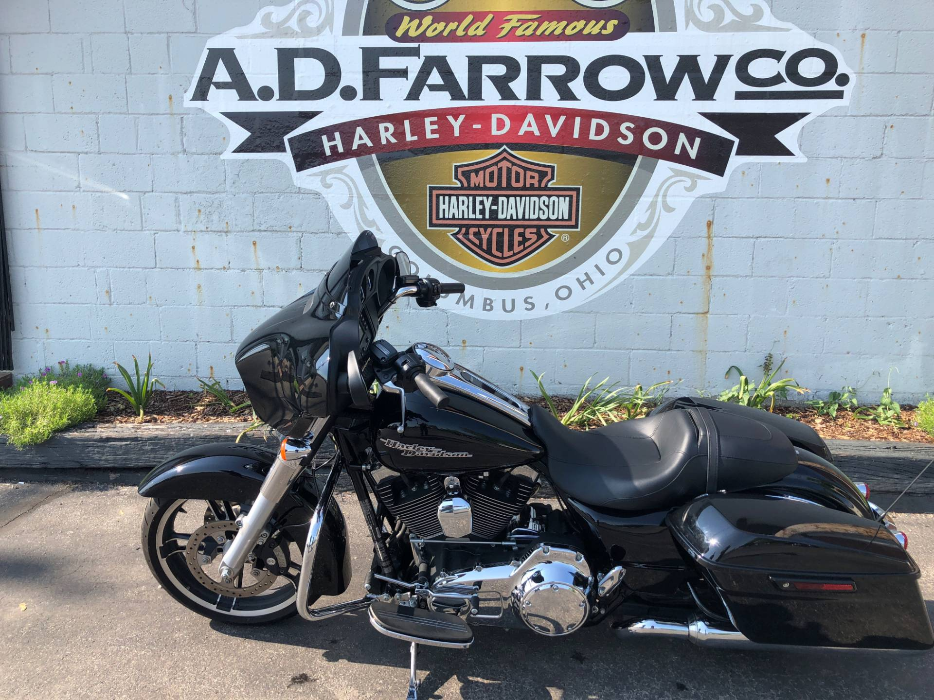2014 Harley-Davidson Street Glide® in Sunbury, Ohio - Photo 2