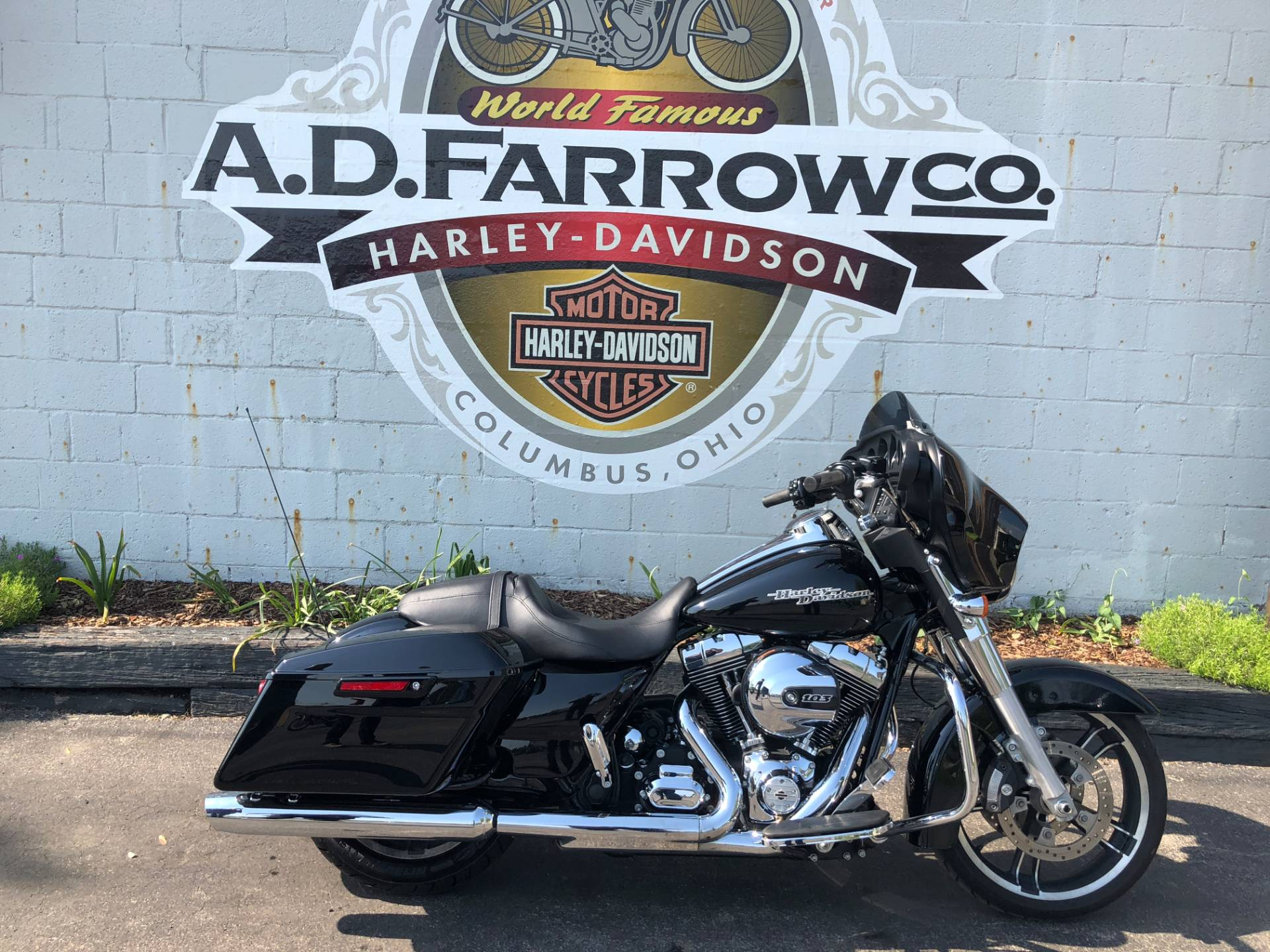 2014 Harley-Davidson Street Glide® in Sunbury, Ohio - Photo 1