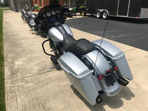 2019 Harley-Davidson Street Glide® Special in Sunbury, Ohio - Photo 6